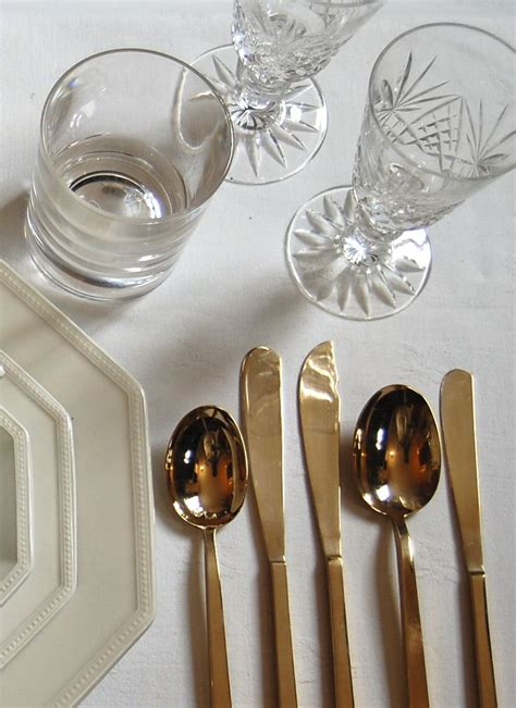 Glasses Table Setting 17 Best Ideas About Formal Table Settings On Pinterest Table Setting Diagram Table Settings