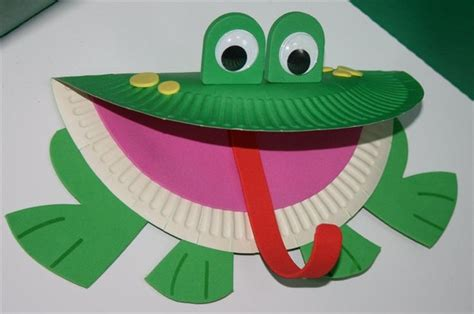 Frog Papercraft - paper plate frog animal crafts frogs