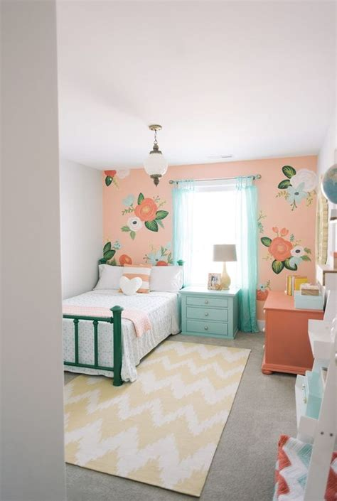 bedroom wall ideas pinterest 1000 ideas about peach rooms on pinterest preteen