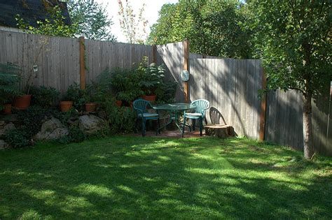 Small Yard Landscaping Design Corner How To Make Your Patio More