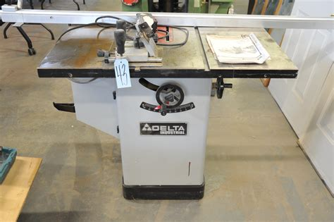 delta industrial table saw delta industrial model 36 653c table saw s n 002258q