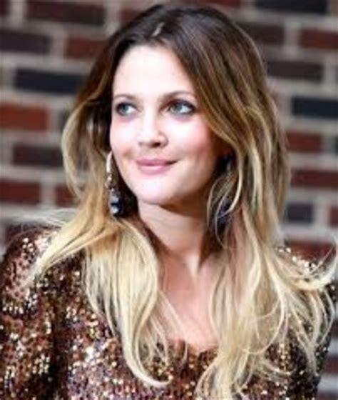 7 gambar model rambut panjang untuk wajah bulat terbaru 7 gambar model rambut panjang untuk wajah bulat terbaru