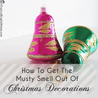 christmas tree has musty smell a typical home how to remove musty smells from decorations