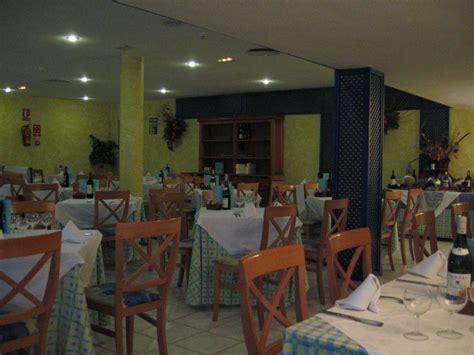 speisesaal tisch abstand quot speisesaal abends nichtraucherbereich quot villas fa 241 abe in