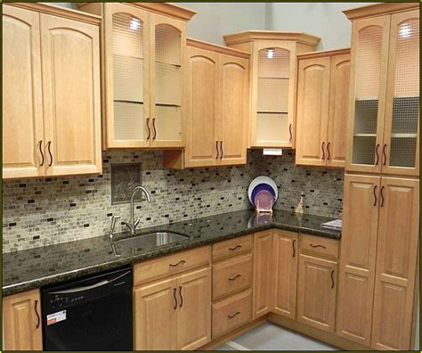 kitchen cabinets backsplash ideas kitchen tile backsplash ideas with maple cabinets home