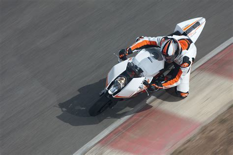 Ktm Rc 25 Ktm Prepares Rc25 The 250cc Sport Bike Autoevolution