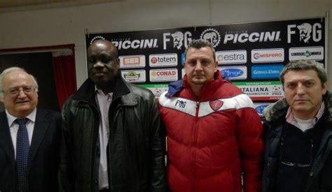 ufficio affissioni perugia perugia calcio visita presidente togo