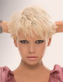 hair stryles for wopmen woht large heads 2012 short hairstyles for women