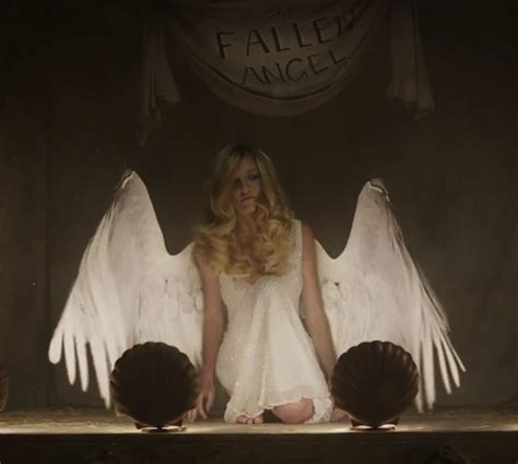 7 creepy shows like quot american horror story quot that will haunt you reelrundown american horror story freak show s creepy fan made teaser spreads its wings