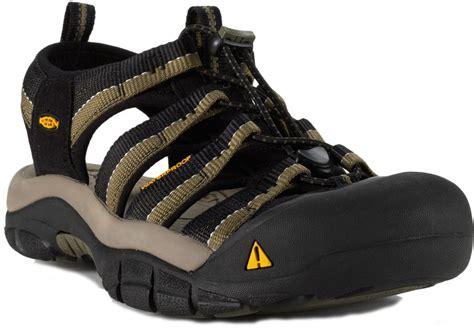 hiking sandals reviews best outdoor sandals review outdoor sandals