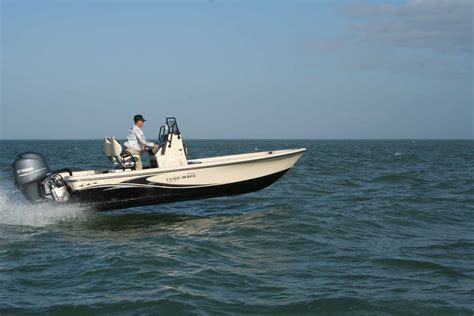 blue wave boats construction all new 2000 purebay is putting up some impressive numbers