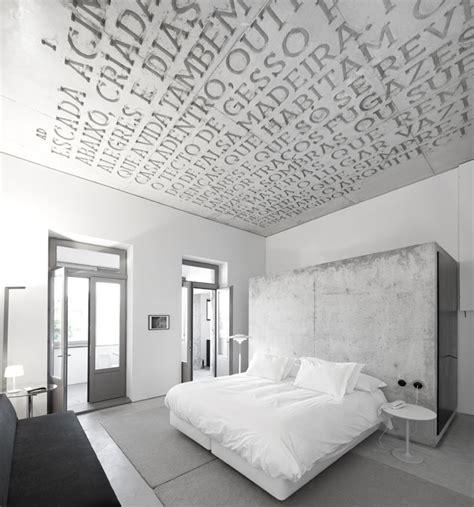 schlafzimmer wandgestaltung casa do conto in porto portugal yatzer