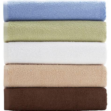 bathroom towels and rugs green bath towels 7 rugs rug designs