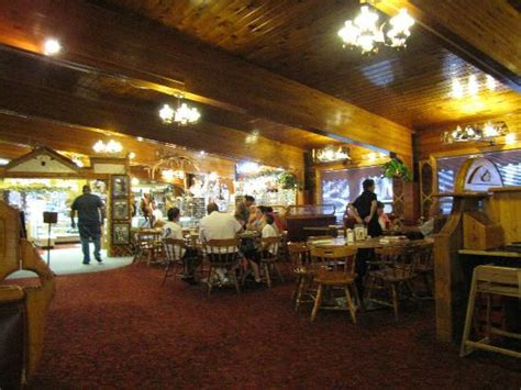 cattlemans steak house dining room looking to front gift shop picture of cattleman s steakhouse and fish