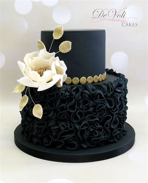 Link Black And White Chocolate Cake by 25 Best Ideas About Birthday Cakes On