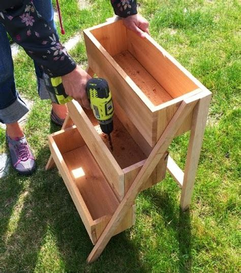 diy herb garden planter 25 best ideas about herb planters on pinterest growing