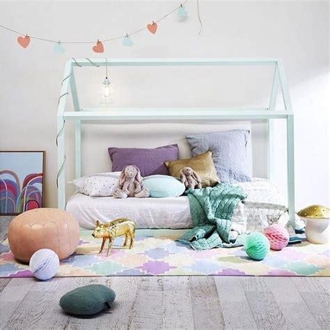 decoracion cama infantil camas para ni 241 os ideas para decorar dormitorios infantiles