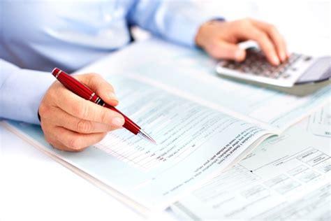 ufficio registro contratti di locazione pratiche amministrative e contratti di locazione