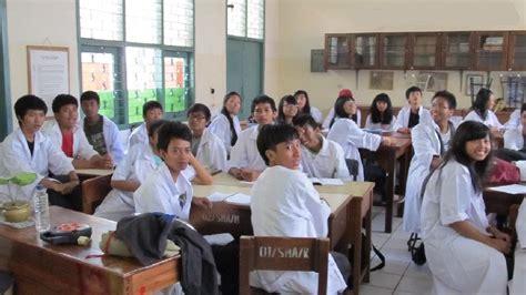 detik indah di pulang sekolah 9 tipe anak sekolah yang selalu ada di setiap kelas kamu