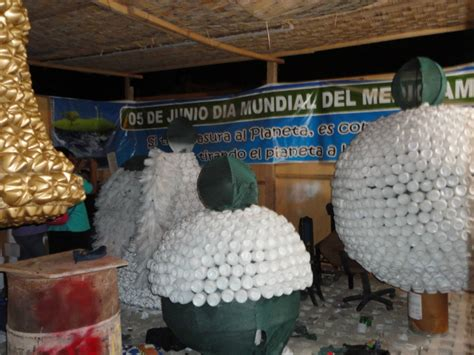 co mohacer un adorno navideos con lata de leche en polbo adornos hecho con material reciclado 22 adornos navide