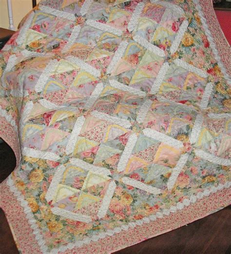 Quilt Patterns For 10 Inch Squares by 10 Charm Quilts For Charm Pack 5 Inch Squares Quilt Show News