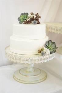 hochzeitstorte gestell vintage metal cake stand white 16in