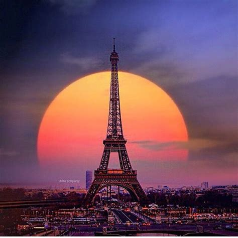 beautiful eiffel tower have a good night everyone beautiful shot of the eiffel