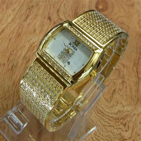 Jam Tangan Wanita Guess Kotak Pasir Rantai Silver jam tangan bonia tali pasir rantai l 99 delta jam tangan