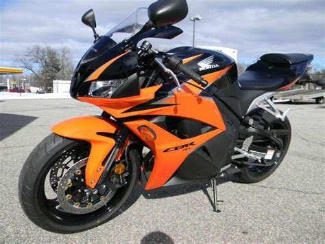 buy honda cbr buy 2010 honda cbr600rr sportbike on 2040motos