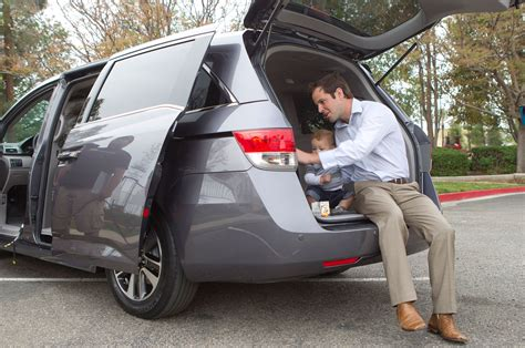 Minivan Cargo Space by 2016 Honda Odyssey Reviews And Rating Motor Trend