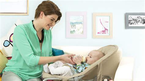 alimentazione per allattamento al seno alimentazione neonato allattamento al seno e