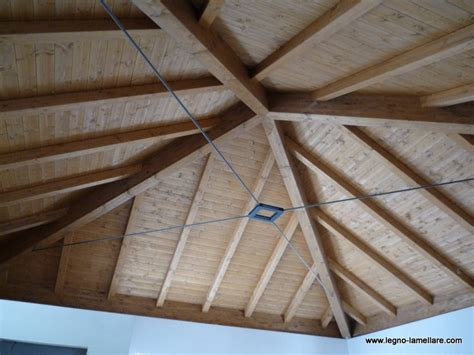 tetto a padiglione tetto a padiglione in legno lamellare ispirazione design