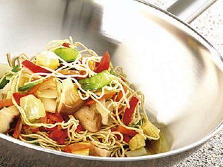 cucinare con wok la cottura con il wok dietaland