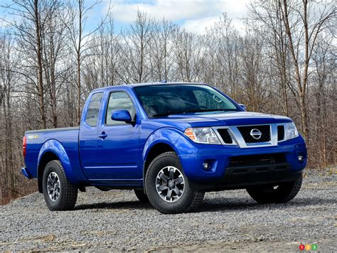2015 nissan frontier pro 4x car reviews auto123
