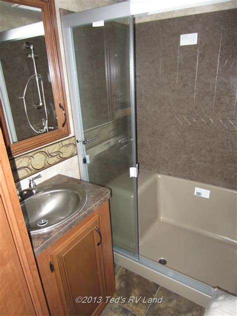 bathtubs for trailers 97 best images about rvs fifth wheels trailer cers