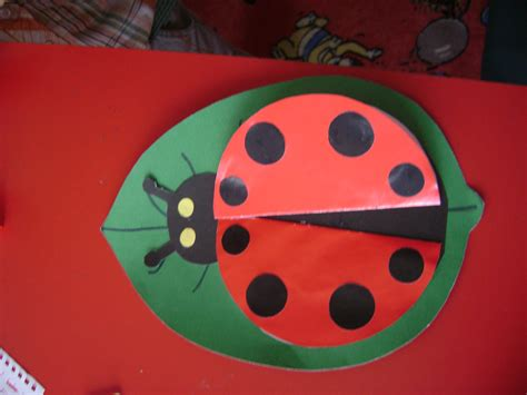 ladybug paper craft paper ladybug craft 171 preschool and homeschool