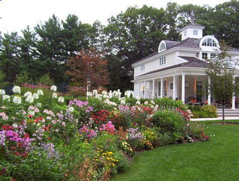 planting beds traditional landscape