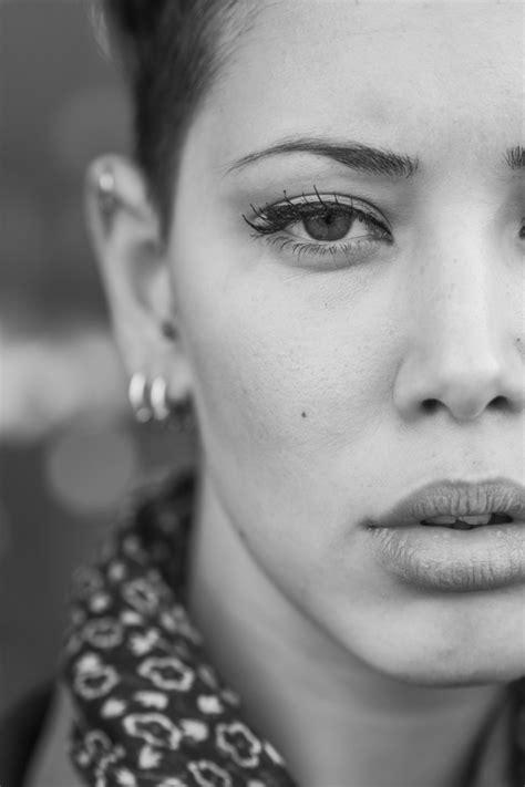 Foto Bianco E Nero Donne ritratto di donna in bianco e nero scaricare foto gratis