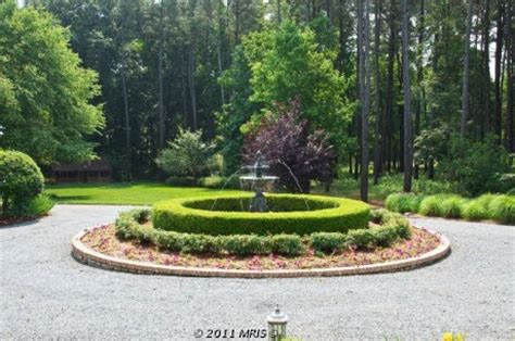 driveway roundabout fountain driveway pinterest the