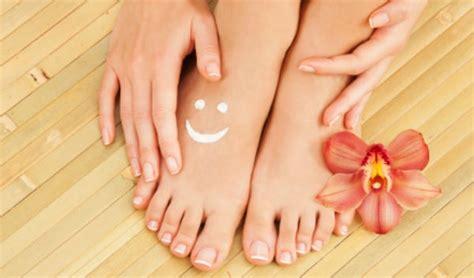imagenes de uñas con onicomicosis 7 zonas de los pies que reflejan si est 225 s sana o no salud180