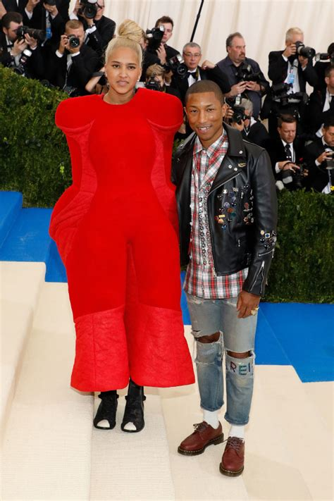 how tall is helen lasichahn 11 things to know about helen lasichanh pharrell s wife
