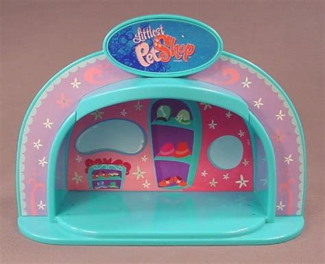 Littlest Pet Shop Pet Stage With Light littlest pet shop 2007 fashion boutique light up dome stage press logo to make the stage light