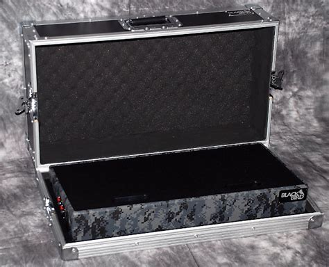 Kramer Guitar Semigigbag Camouflage Grey Series blackbird 2 0 tolex series 12 quot x24 quot pedalboard reverb