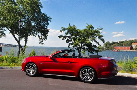 2015 ford mustang gt review 2015 ford mustang gt convertible review and road test