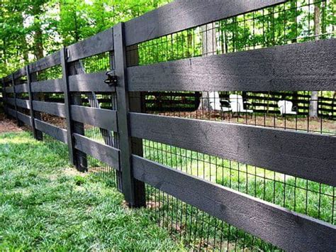 how to build a backyard fence 15 super easy diy garden fence ideas you need to try