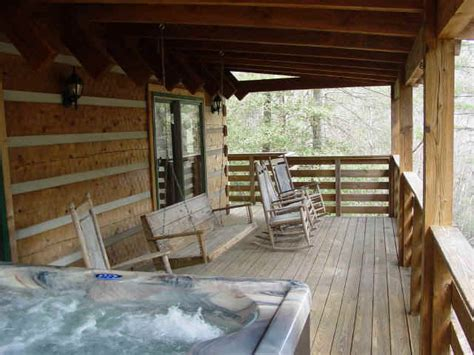 Cabin With Tub by Creek Honeymoon Cabin At Fall Creek Cabins Near Boone Carolina