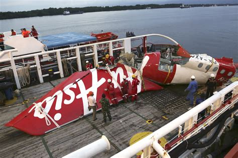 airasia safety jakarta indonesia investigators rudder problem pilot