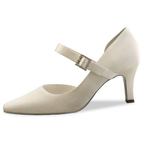 comfortable wedding shoes ivory classic ivory bridal comfort shoe wedding comfort shoes