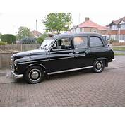 London Taxis International FX4 MotoBurg