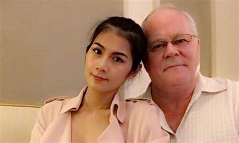 film thailand ulat biru kisah bintang film biru thailand yang bertobat gowest id